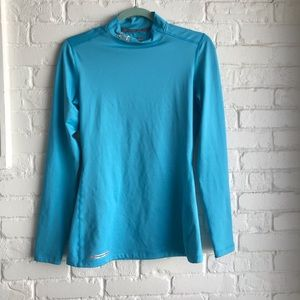 Under Armour Cold Gear fitted long sleeve Medium